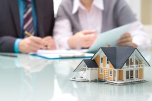 консультации юристов по жилищным вопросам